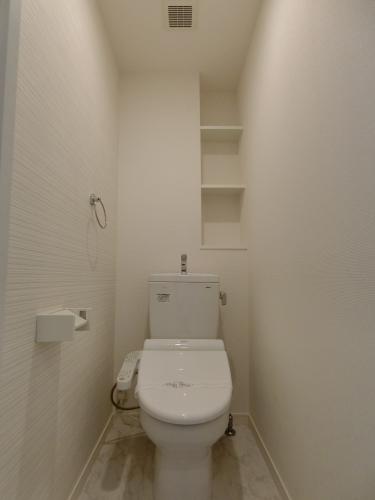 ファミリア伊都 / 103号室洗面所