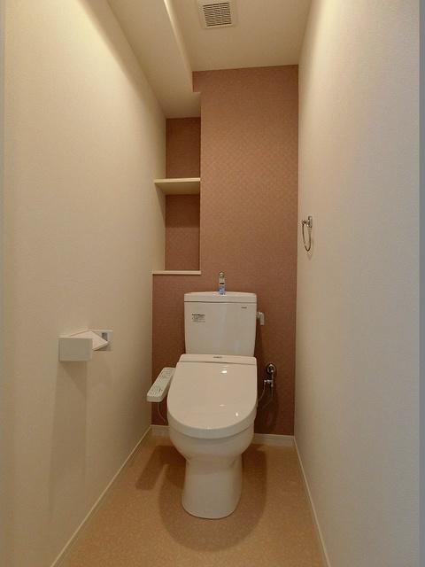 ディア・コート / 602号室トイレ