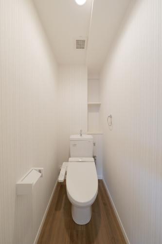 ヴィヴァーチェ ファイン / 602号室トイレ