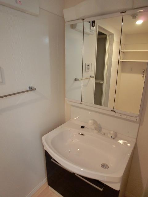 伊都さくら / 301号室洗面所