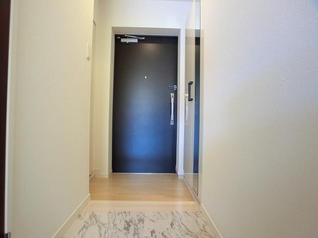 アンソレイユ / 206号室玄関