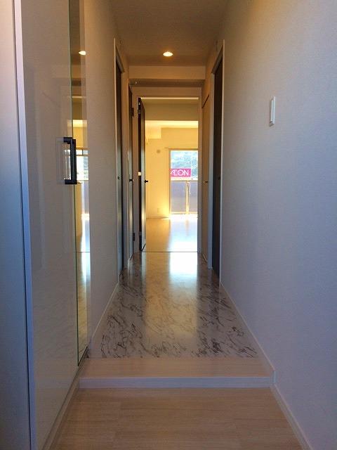 アンソレイユ / 307号室玄関
