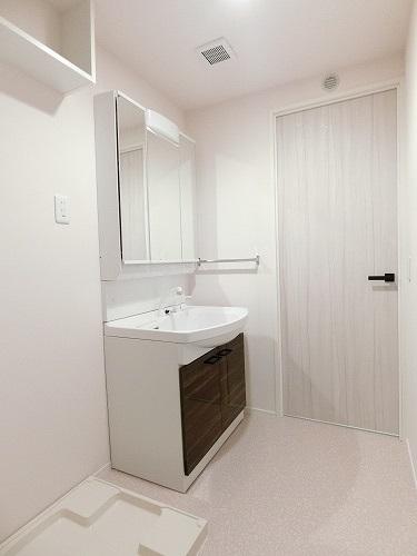 エクレール / 303号室洗面所
