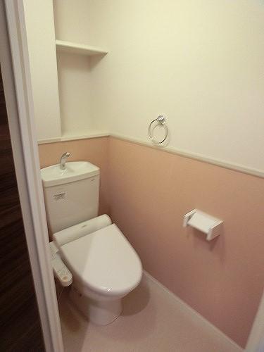 グランドルーチェ駅南 / 402号室トイレ