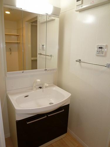 プレアマール / 302号室洗面所