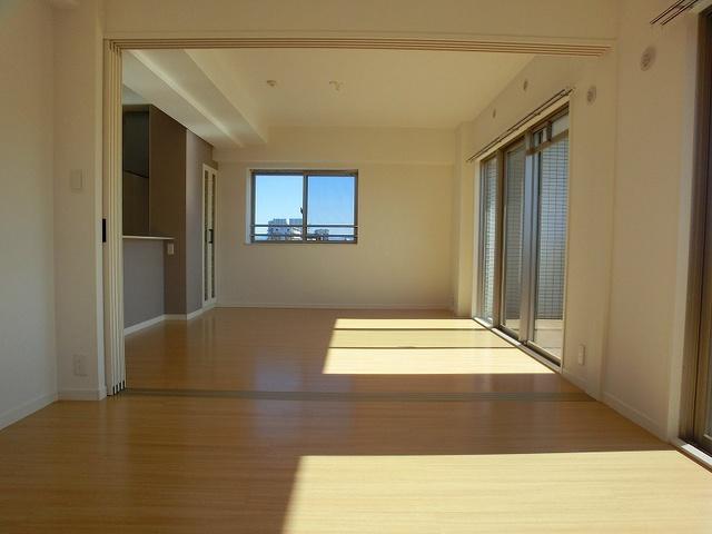 アンソレイユ / 401号室キッチン