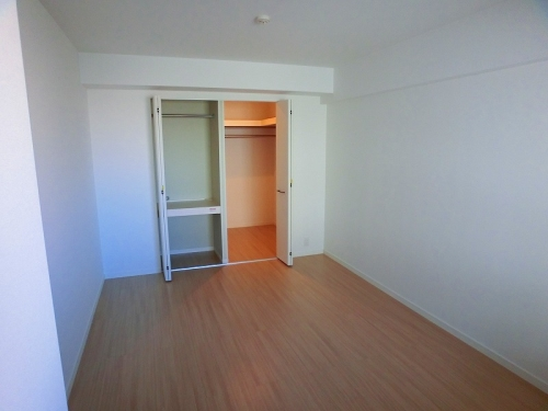 アンソレイユ / 402号室キッチン