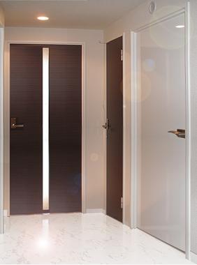 ヴィヴァーチェ ファイン / 702号室玄関