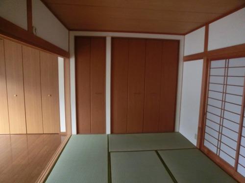 泉1丁目貸家 / A号室その他