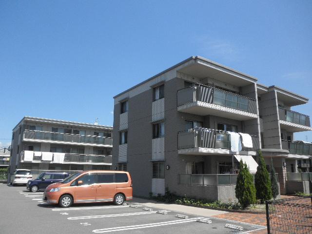 ソレーユ / B-102号室