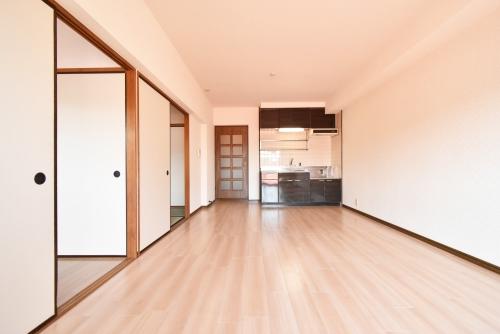 シャトー渡辺 / 403号室