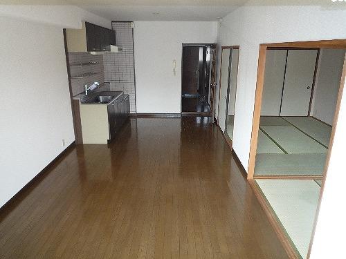 シティハイツ萩尾 / 106号室