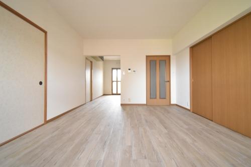 パストラル杉塚 / 401号室リビング