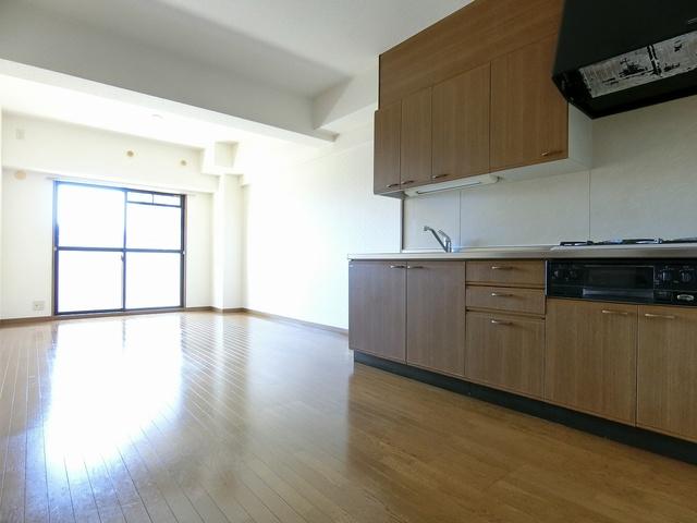 シャトレ天拝 / 401号室キッチン