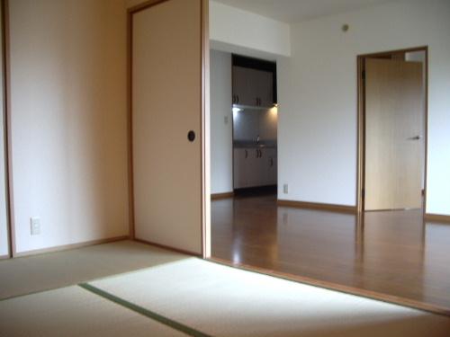 プレミール筑紫 / 701号室和室