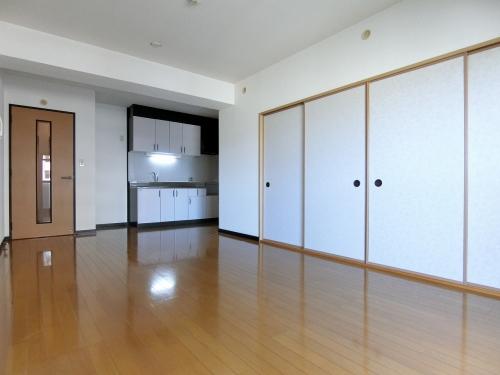 カサグランデ筑紫 / 407号室リビング