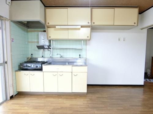 ビレッジ都府楼 / 401号室キッチン