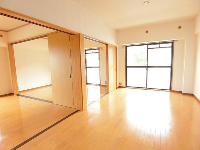 シャトレ壱番館 / 102号室その他部屋・スペース