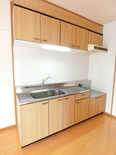 シャトレ壱番館 / 603号室キッチン