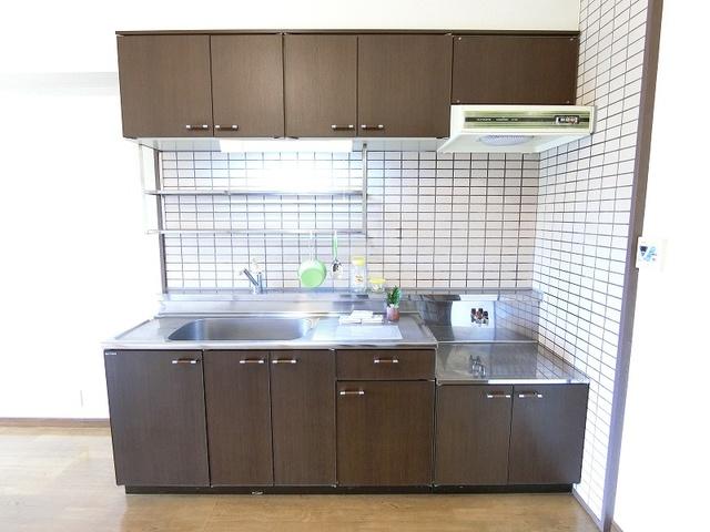 シャルマン観世Ⅱ / 201号室キッチン