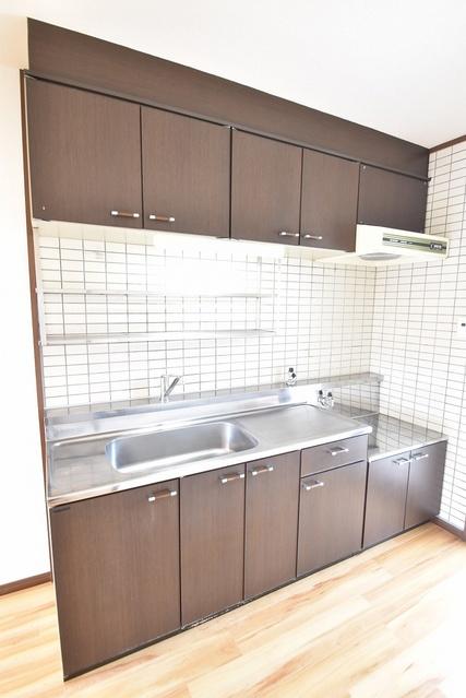 シャルマン観世Ⅲ / 201号室キッチン