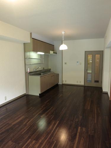ドミール水城 / 103号室キッチン