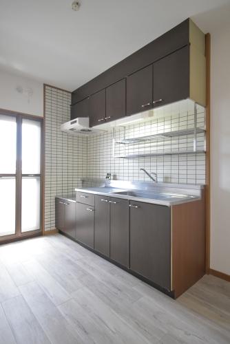 パストラル杉塚 / 401号室キッチン