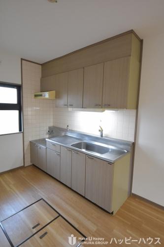 サンハイツ塔原 / 205号室キッチン
