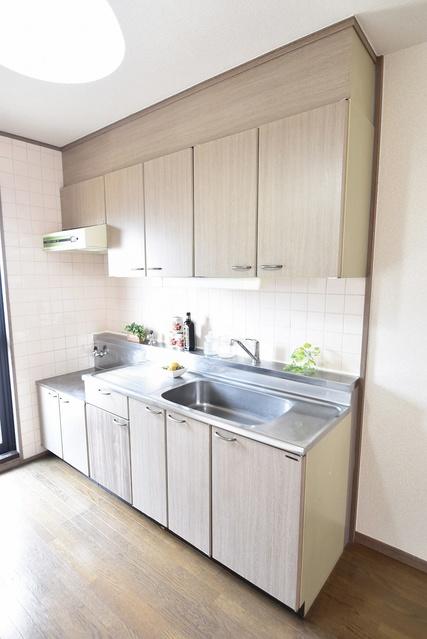 サンハイツ塔原 / 402号室キッチン