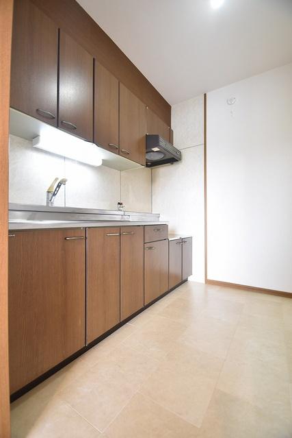 シャルム瑞雲 / 402号室キッチン