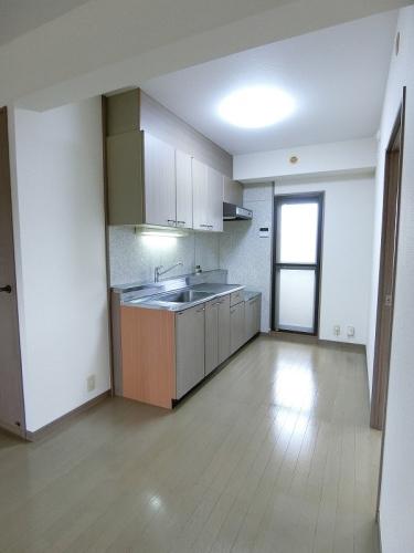 グランドゥール筑紫野 / 406号室キッチン