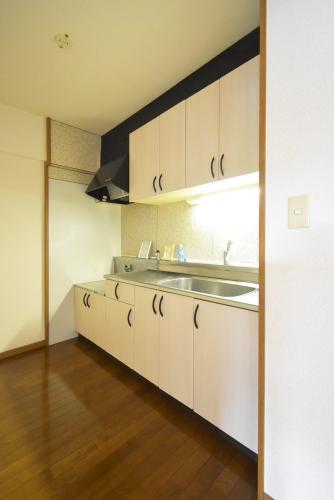 プレミール筑紫 / 202号室キッチン