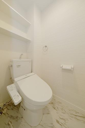 アミューザン筑紫 / 402号室トイレ