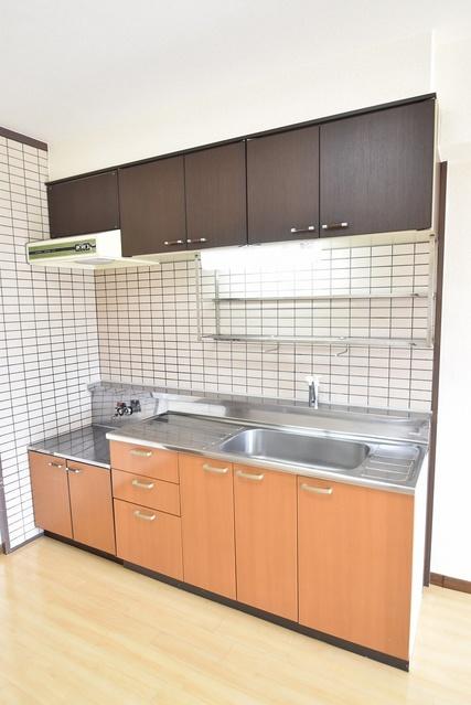 シャルマン観世Ⅱ / 302号室キッチン