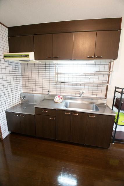 サンライズ天拝 / 402号室キッチン