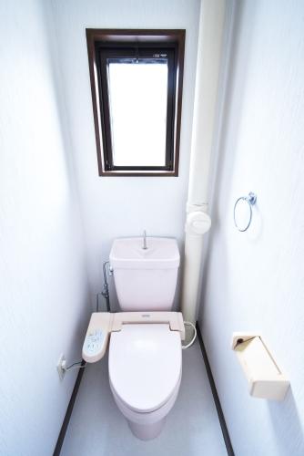 シャルマン観世Ⅱ / 102号室トイレ