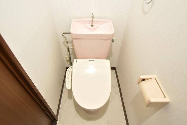 シャルマン観世Ⅲ / 201号室トイレ