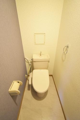 シャトレ天拝 / 107号室トイレ