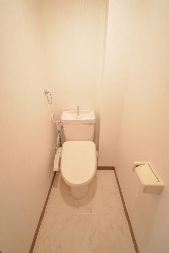 シャルム瑞雲 / 302号室トイレ
