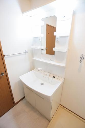 フルール98 / 302号室洗面所
