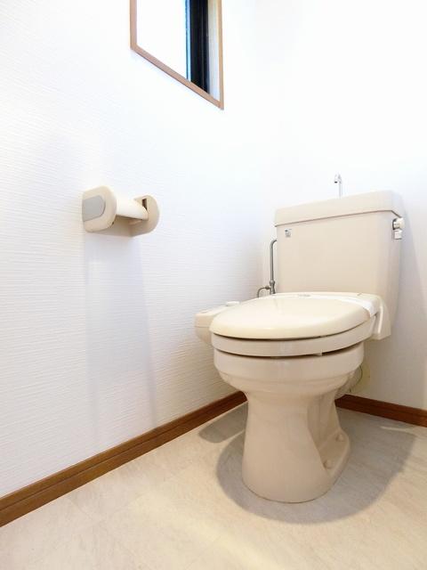 ルミエール'98 / 102号室トイレ