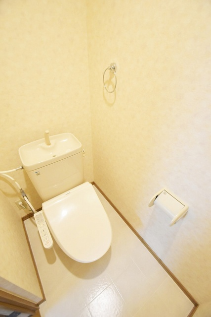 パルメゾン二日市 / 203号室トイレ
