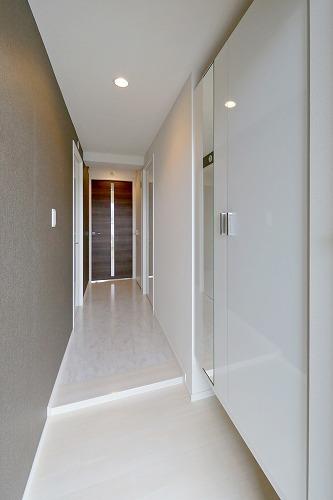 ブランコート筑紫野 / 703号室玄関
