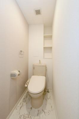ピエトラ ビアンカ / 402号室トイレ