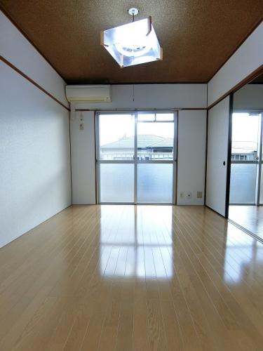 ビレッジ都府楼 / 401号室その他部屋・スペース