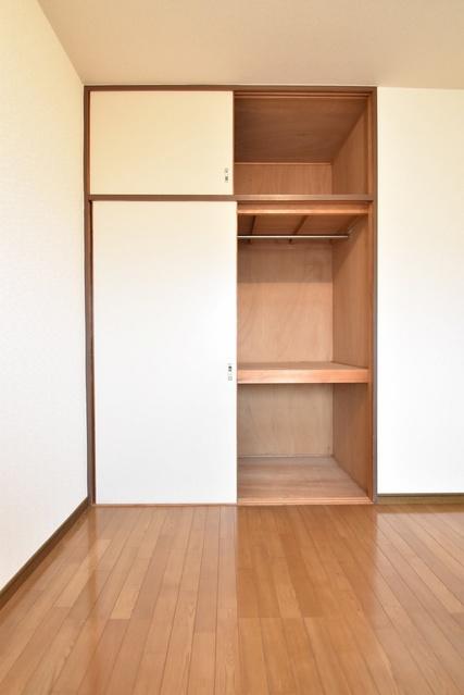 シャトー渡辺 / 207号室収納