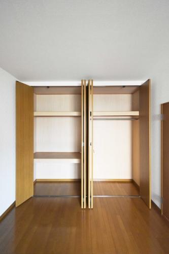 シャトレ弐番館 / 303号室収納