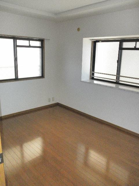 シャトレ参番館 / 303号室その他部屋・スペース