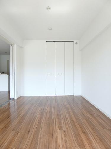 ピエトラ ビアンカ / 403号室玄関