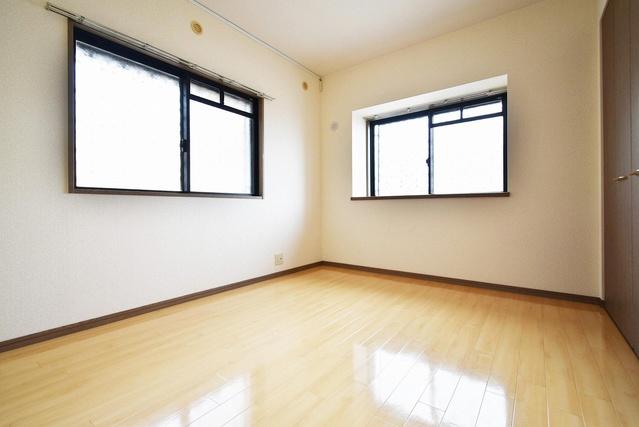 エクセレント中嶋Ⅱ / 101号室玄関